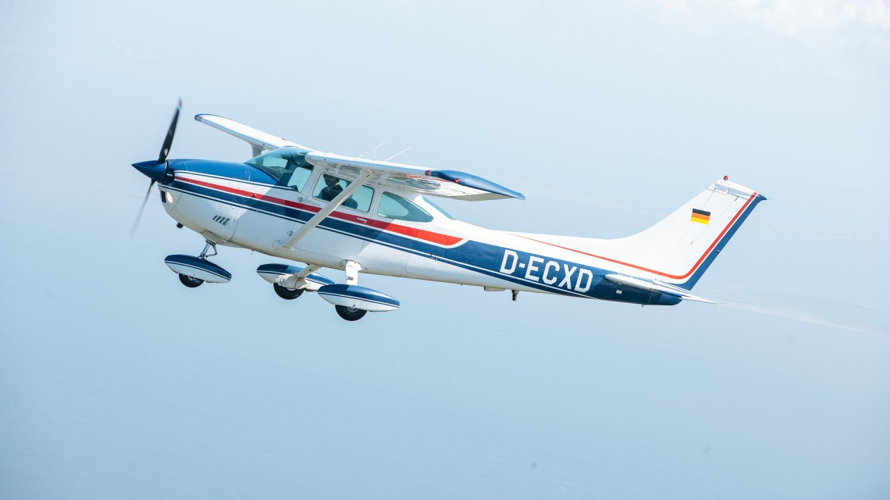 Linienflug Cessna 182